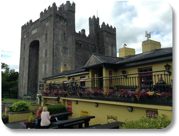 Ireland Castle Vacations - Bunratty Castle