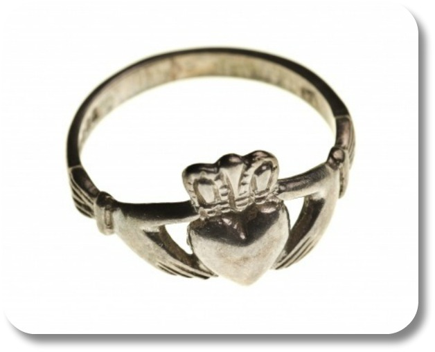 The Claddagh Ring Story - lovey Claddagh ring.