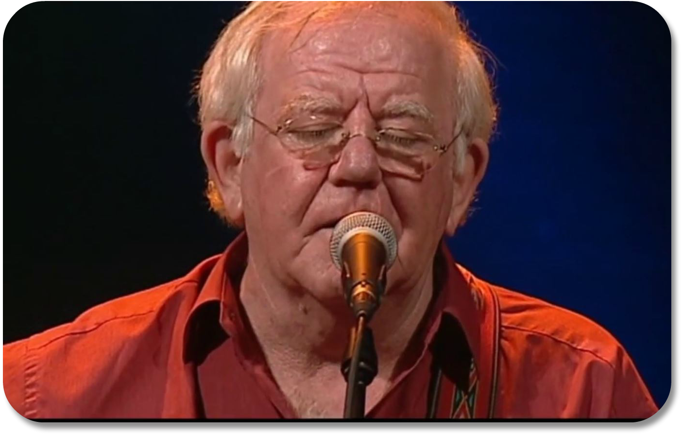 Irish Expressions - Paddy Reilly sings Fields of Athenry via YouTube.