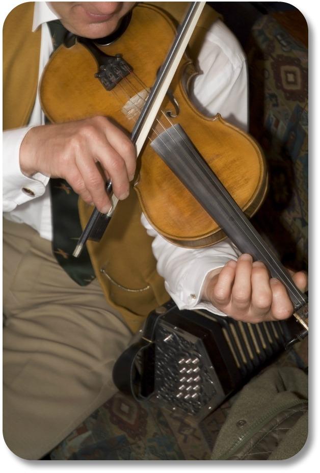 Irish Music Instruments - Irish Fiddle