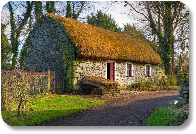 Shannon Ireland Travel - Path to Old Irish Cottage