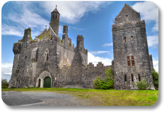 www.irish-expressions.com/Dromore-Castle.html