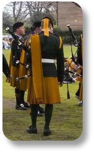 Irish Brat. Courtesy of Keltoi Gaelic Clothing.
